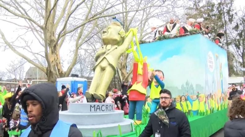 Kölner Karnevals-Parade: Gelbwesten stürzen Macron – SPD zerbricht endgültig an GroKo