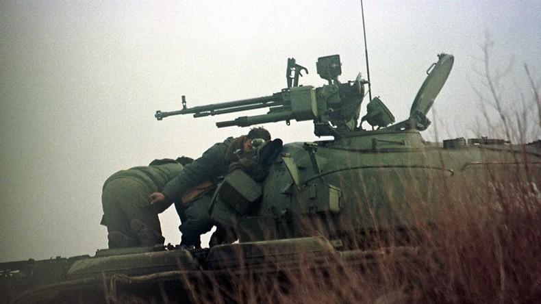 """20 Jahre seit NATO-Angriff auf Jugoslawien: Das """"Račak-Massaker"""" (II) - Teil des NATO-Drehbuchs"""