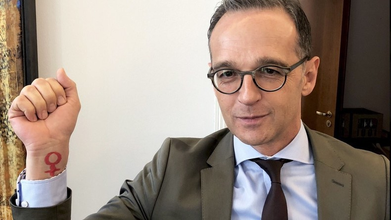 Mordor oder Lummerland? Die deutsche Außenpolitik und ihre Selbstdarstellung