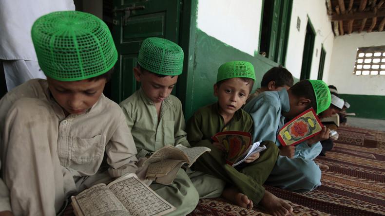 Aktion gegen Islamismus: Pakistans Regierung übernimmt Kontrolle über 182 religiöse Schulen