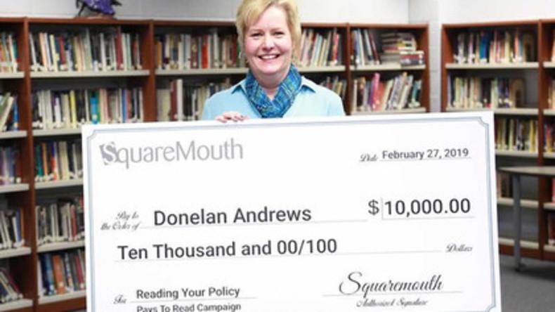 Aufmerksamkeit lohnt sich: Frau liest Kleingedrucktes und gewinnt 10.000 US-Dollar