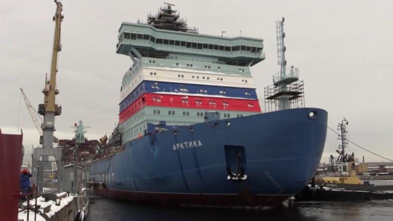 Russland: Neuer russischer Eisbrecher dockt zur Beladung mit Kernbrennstoff an