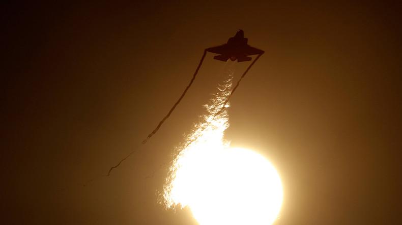 Israelische Flugzeuge beschießen Hamas-Stellungen in Gaza