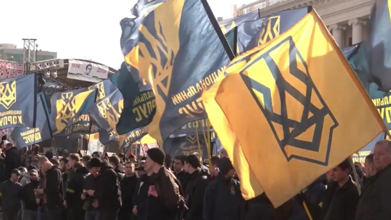 Ukraine: Raufereien zwischen Nationalisten und Polizei in Kiew