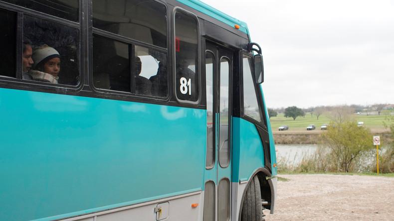 Mexiko: Bewaffnete Angreifer kidnappen 19 Buspassagiere