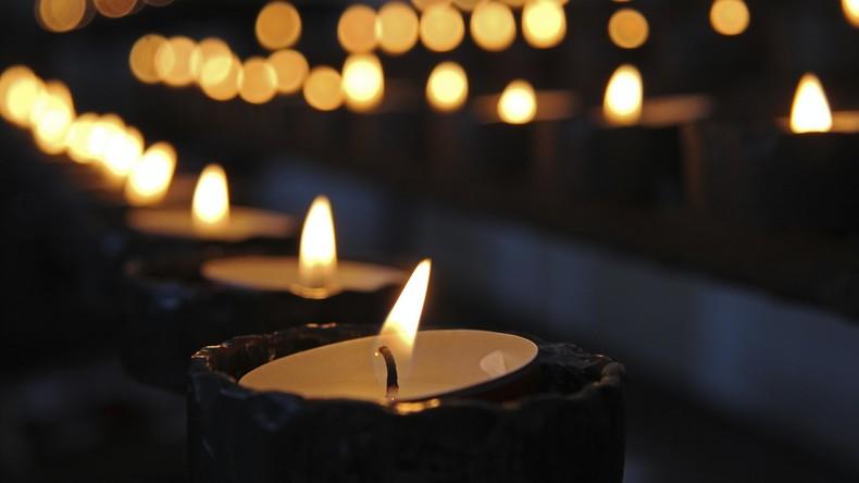 Duisburg: Pfarrer bricht nach Abschiedspredigt zusammen und stirbt