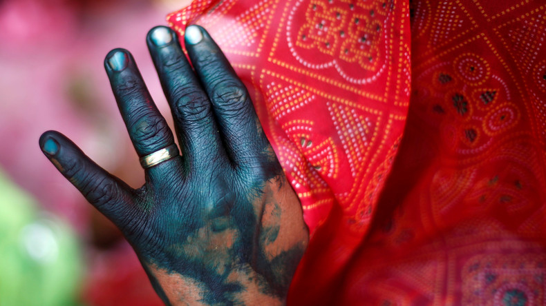 Bollywoodreif: Zweite Ehefrau tötet dritte Ehefrau ihres Mannes mit Hilfe der Töchter aus erster Ehe