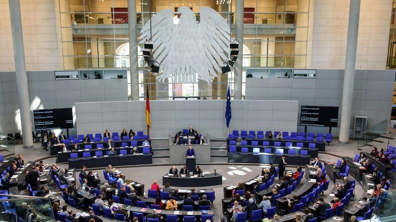 LIVE: 85. Sitzung des Deutschen Bundestags – Befragung der Bundesregierung und Urheberrechtsreform