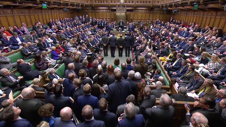 Niemals No-Deal Brexit: Unterhaus lehnt ungeordneten Austritt ab