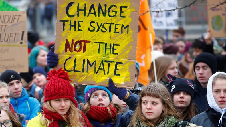 Weltweite Schülerproteste für Klimaschutz: Hunderttausende in Deutschlandauf der Straße