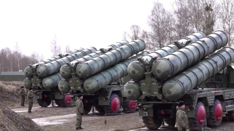 Russland: Flugabwehrsystem S-400 Triumf im Gebiet Kaliningrad einsatzbereit