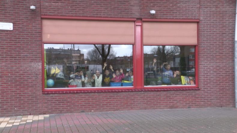 Utrecht unter höchstem Terroralarm – Schulen wegen freilaufendem Attentäter abgeriegelt