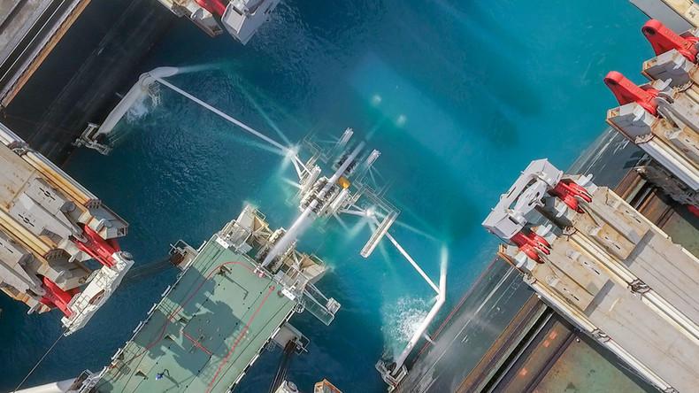 Land- und Meeresabschnitte der Erdgaspipeline von Russland in die Türkei miteinander verbunden