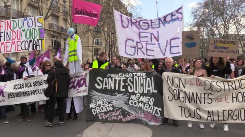 Französische Gewerkschaften protestieren in Paris, um Gelbwesten zu unterstützen