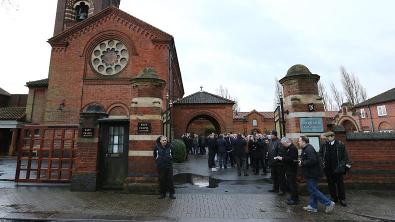 Trauerfeier endet 14 Sekunden später als geplant – Familie muss 200 Pfund Strafe zahlen
