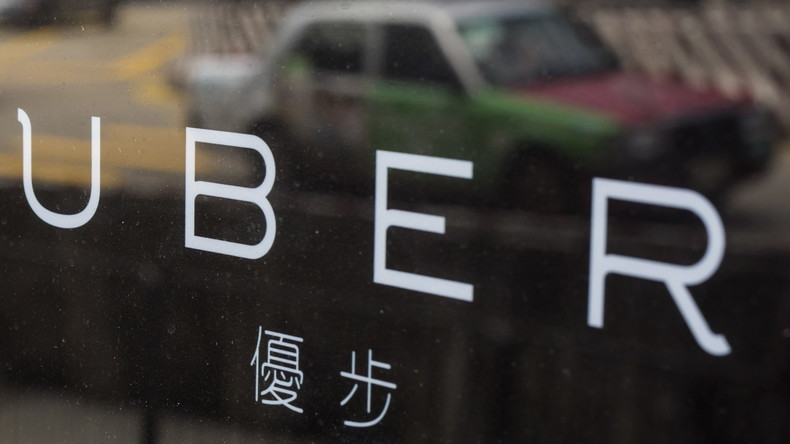 Uber-Fahrer aus Hongkong für Upskirting zu zwei Monaten Haft verurteilt
