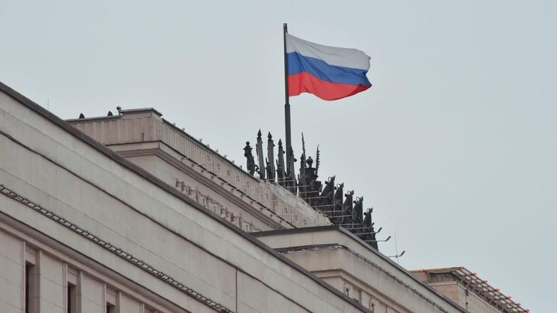 Verteidigungsministerium: Terroristen töteten im Februar drei russische Militärs in Syrien