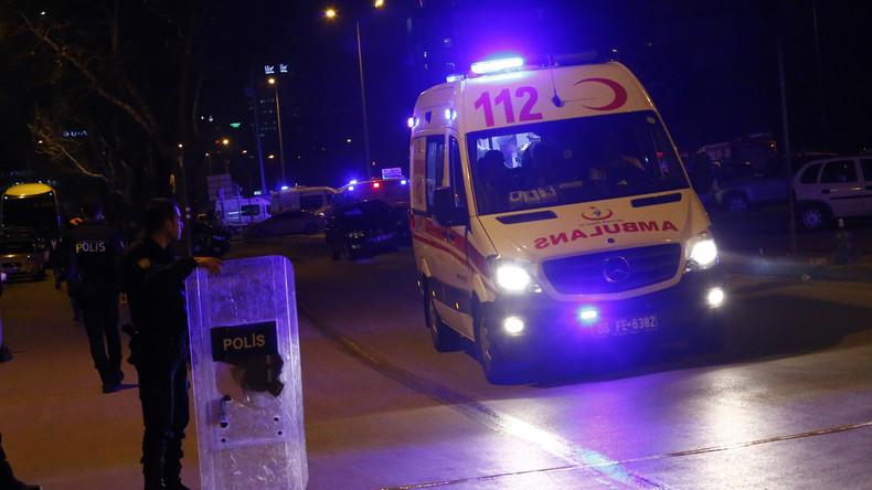 Streit zweier Polizisten an türkischem Flughafen eskaliert zu Schusswechsel und Selbstmordversuch