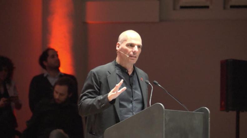 """DiEM25 will Bürgern die Macht über Europa zurückgeben: """"Dies ist Sozialismus für Banken"""""""