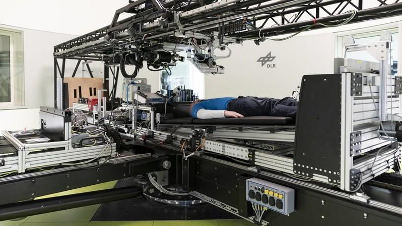 Traumjob für erschöpfte Frauen? NASA zahlt Probanden 16.500 Euro für 60 Tage Bettruhe
