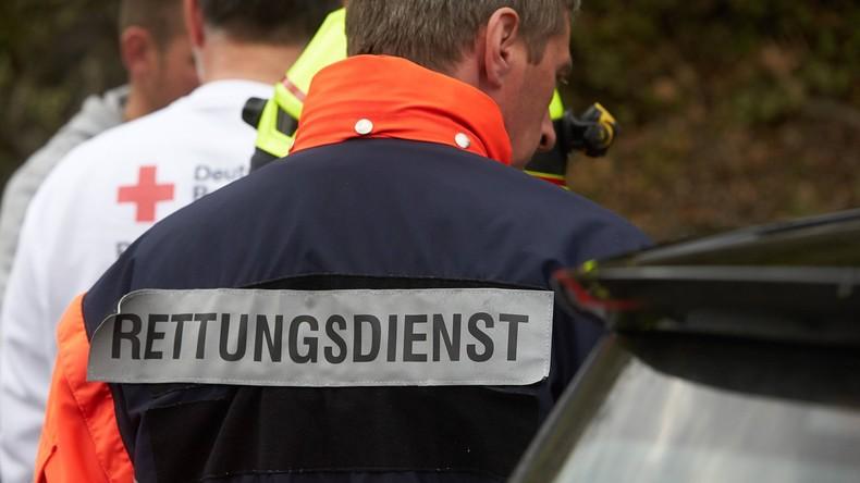 Bus mit Schülern bei Hannover verunglückt – vier Schwerverletzte