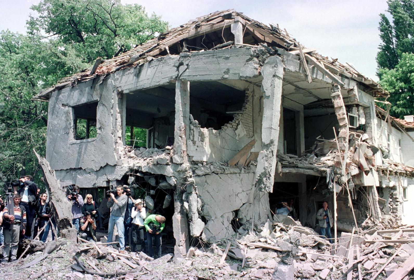 20. Jahrestag des Angriffskrieges gegen Jugoslawien: Kriegsverbrechen und Kriegslügen