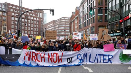 Angela Merkel lobt Schülerdemos für Klimaschutz