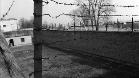Ein litauisches Gericht muss sich am 5. März der eigenen Vergangenheit stellen und entscheiden, ob ein als Nationalheld gefeierter Mann ein Kriegsverbrecher war oder nicht. Das Foto zeigt ein KZ der Nazis bei Kaunas/Litauen.