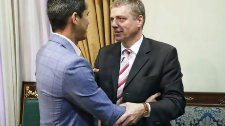 Deutscher Botschafter Daniel Kriener und venezolanischer selbsternannter Interimspräsident Juan Guaido