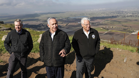US-Senator Lindsey Graham besuchte am 11. März zusammen mit dem US-Botschafter in Israel, David Friedman, und dem israelischen Ministerpräsidenten Benjamin Netanjahu die besetzten Golanhöhen.