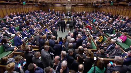 Abstimmung über die Verlängerung der Brexit-Verhandlungszeit im Parlament in London am 14. März 2019
