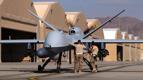 Eine Reaper-Drohne wird hier im März 2016 für eine Operation in Afghanistan vorbereitet. Im sogenannten Krieg gegen den Terror gibt es immer mehr Drohneneinsätze.