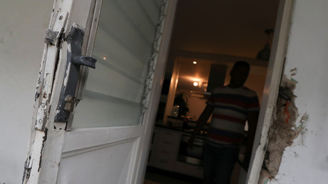 Beschädigte Haustür von Roberto Marrero, Caracas, Venezuela, 21. März 2019.