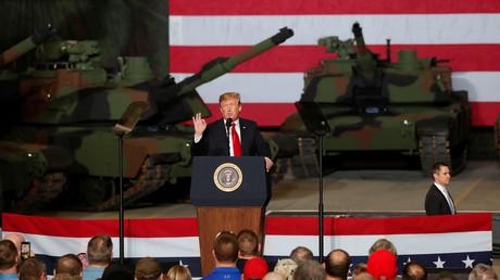 Donald Trump während des Besuchs einer Panzerfabrik in Ohio. (20. März 2019)
