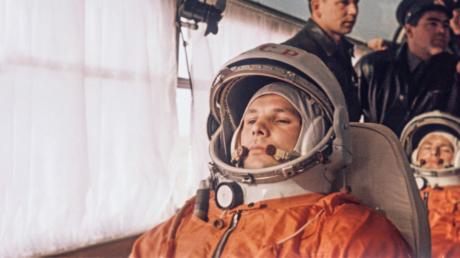 Juri Alexejewitsch Gagarin wurde am 9. März 1934 in Kluschino, Russland, geboren.