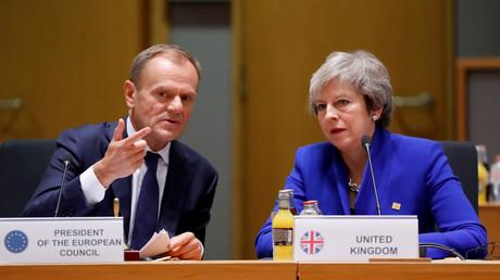 EU-Ratspräsident Donald Tusk und die britische Premierministerin Theresa May, Brüssel, Belgien, 25. November 2018.