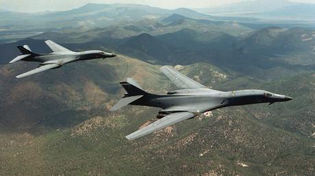 Strategische US-Bomber B-1B Lancer, die nuklear bewaffnet werden können.