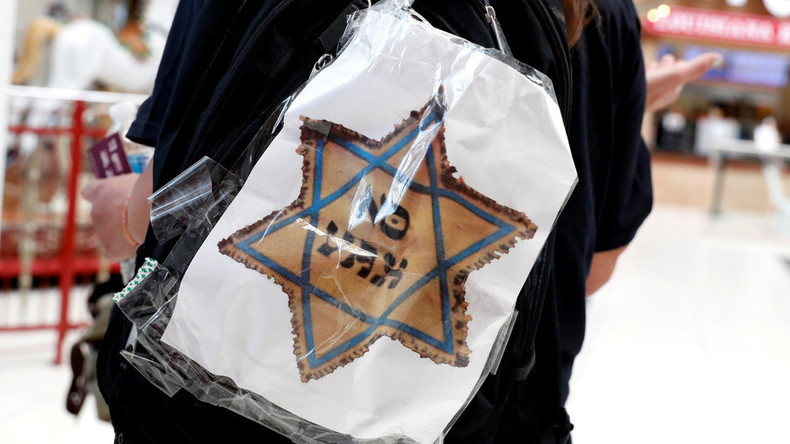 USA: Impfgegner tragen während Demonstrationen Judensterne