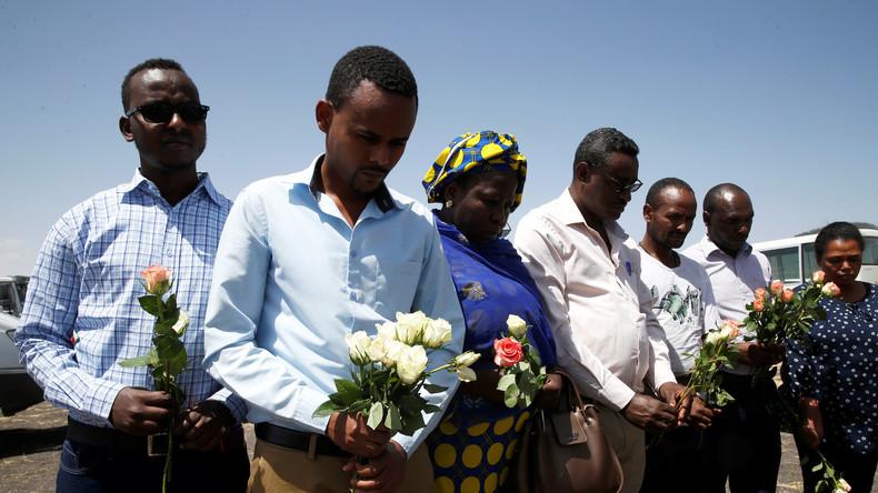 """Die neue """"Afrikapolitik"""" der Bundesregierung: Ein bunter Strauß aus Plastikblumen"""