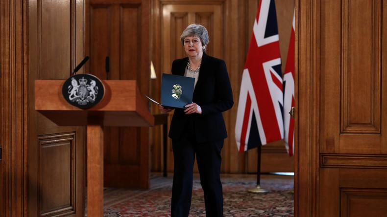 May sucht nach Brexit-Kompromiss: Neuer Austrittsaufschub geplant