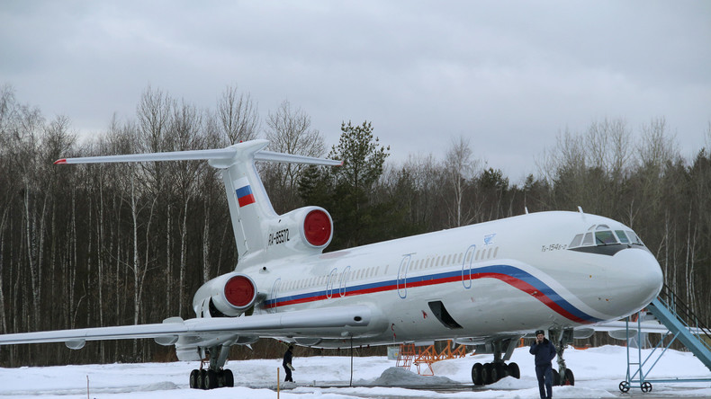 Auf Einladung der USA: Russisches Aufklärungsflugzeug kontrolliert US-Militäreinrichtungen