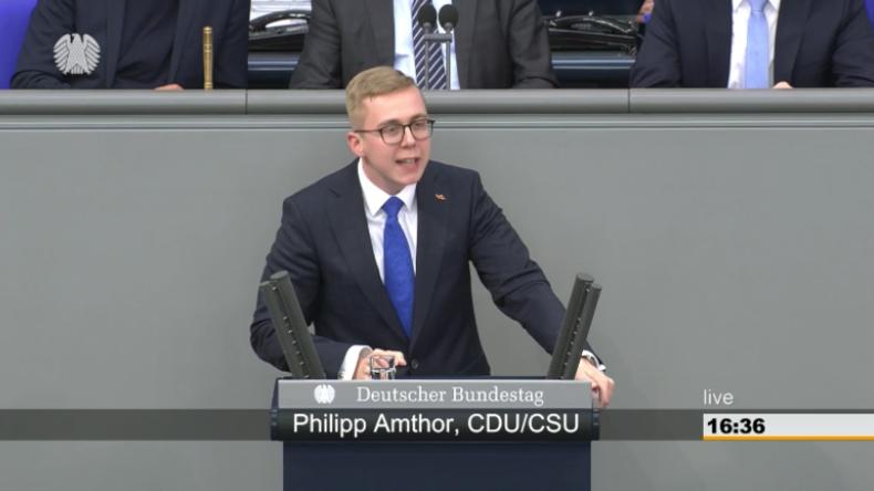 """Amthor fordert Respekt für Polizei: """"Grüne bis FDP demonstrierten Hand in Hand mit der Antifa"""""""