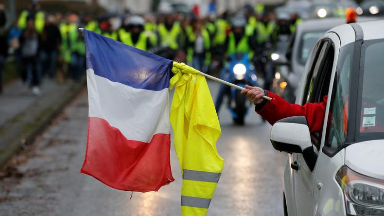 Französische Regierung mit gewagter These: Gelbwesten tragen Schuld an 110 Verkehrstoten