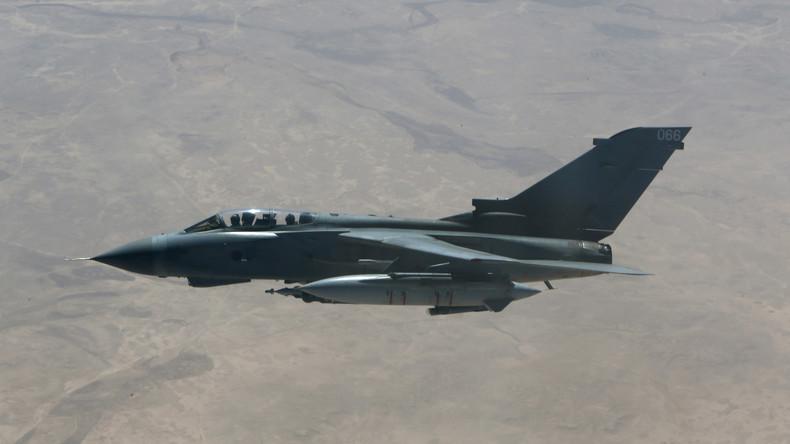 Briten haben angeblich bei Tausenden Luftangriffen nur einen Zivilisten getötet (Video)