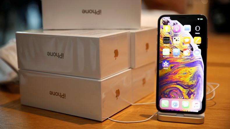 Zwei Studenten sollen Apple durch Umtausch von gefälschten iPhones um 900.000 Dollar gebracht haben