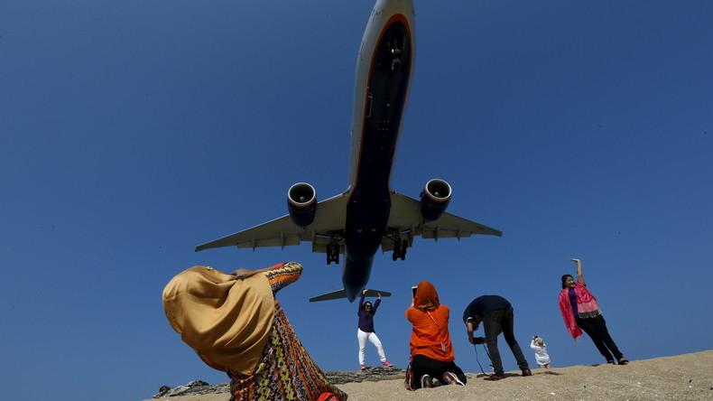 Neues Gesetz stellt Landebahn-Selfies auf Thailands Urlaubsinsel Phuket unter harte Strafen