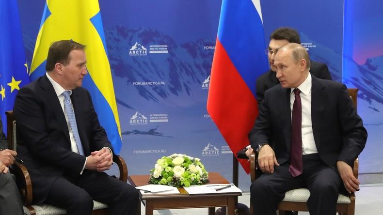 """""""Bandit"""": Putin spottet über Dolmetscher wegen falscher Übersetzung"""