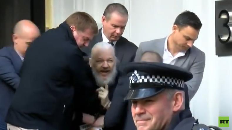 """""""Ein Verbrechen, eine Schande"""": Erste Reaktionen auf die Festnahme Assanges"""