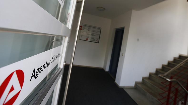 Nach Kritik an Erfassungsfehlern: Jobcenter sollen Zählung von Hartz-IV-Empfängern überprüfen