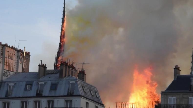 Wie Notre-Dame zerbrach: Weltbekannte Kathedrale von Flammen-Inferno heimgesucht
